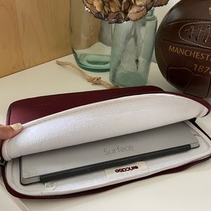 Incase Tablet/Laptop Sleeve